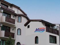 More Hotel ***